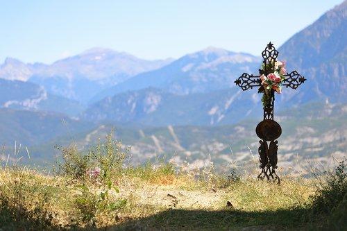 tomb  mountains  eternal