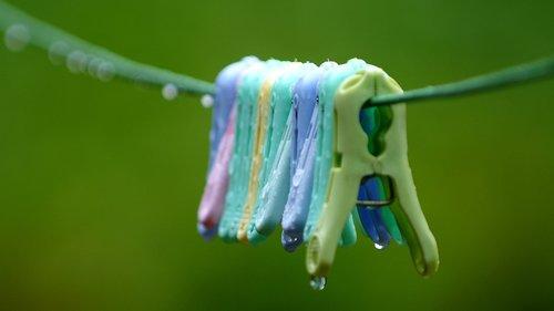 tongs  non  raindrops