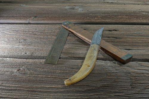 tool  knife  folding rule