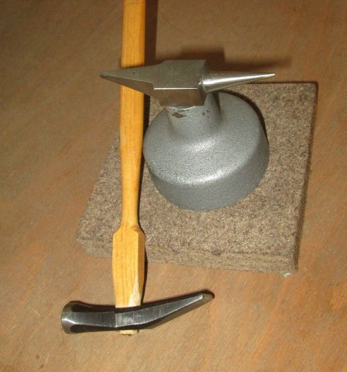 tool workshop hammer