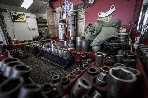 toolbox  tools  repair