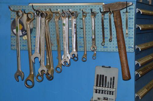tools workshop hammer
