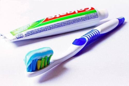 toothbrush hygiene oral hygiene