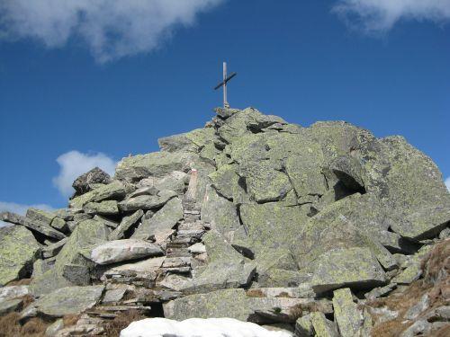 top of courage alpine summit