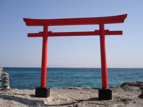 torii gate japan sea