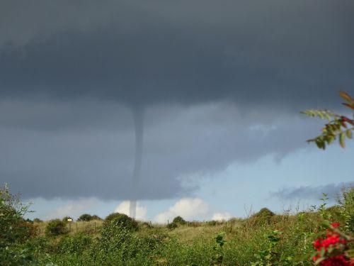 tornado sky weather