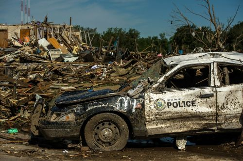 tornado damage oklahoma twister