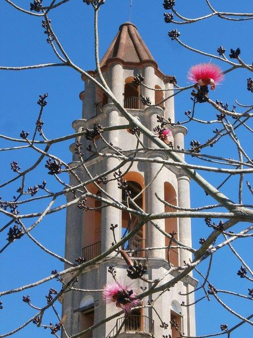 torre de iznaga  cuba  tower