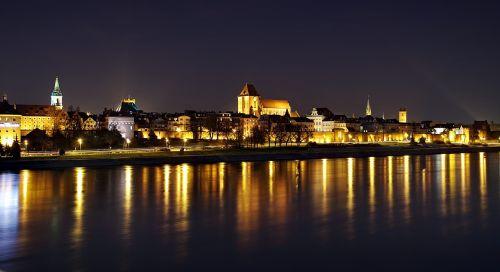 toruń panorama night