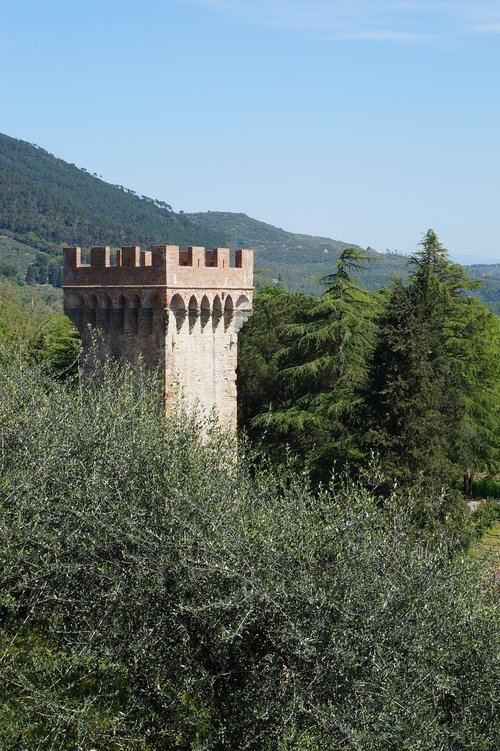 toscana  tower  architecture