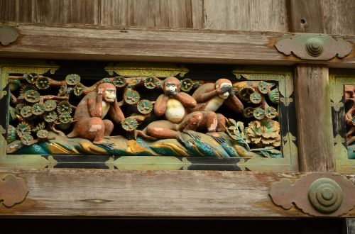 toshogu shrine sunlight see i must say hear no evil