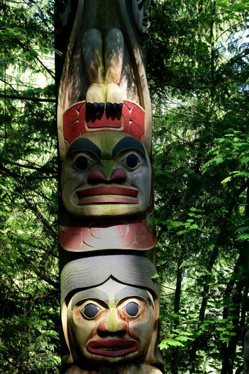 totem native art totem pole