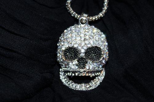 totem head chain jewellery