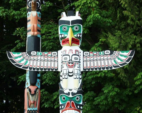 totem pole native indian