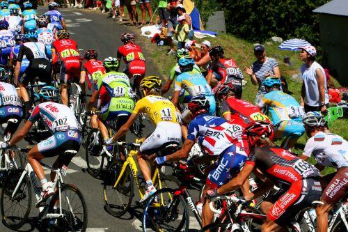 tour de france yellow jersey polka dot jersey