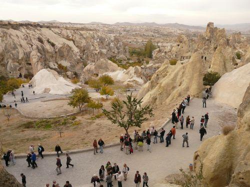 tourists göreme human