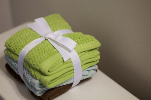 towels bathroom ornaments