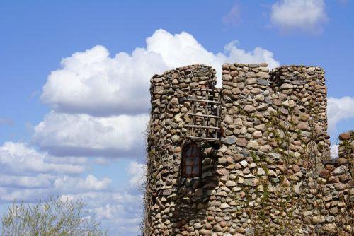 tower castle lake dusia