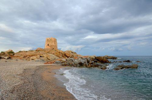 tower the dynamics of sardinia