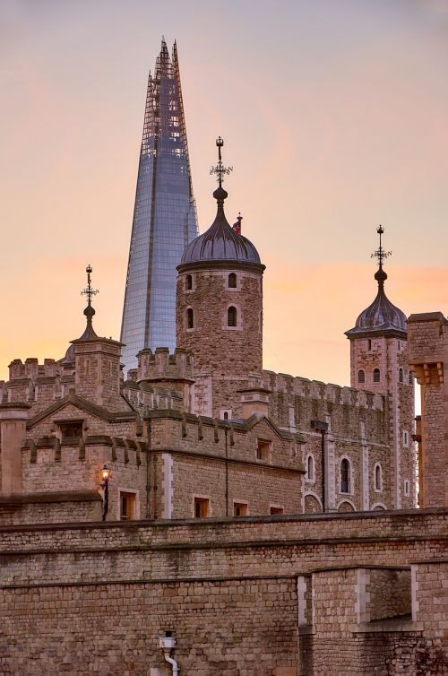 tower of london the shard sunset