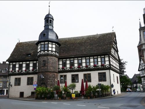 town hall historically truss