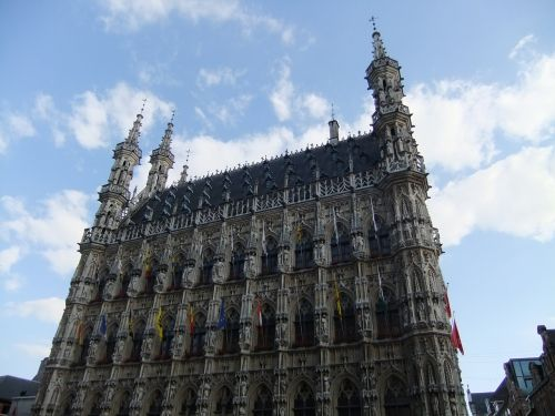 town hall leuven gothic