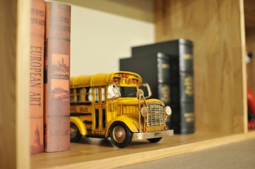 toy bus school bus