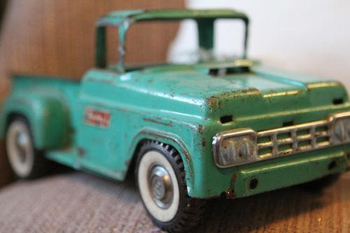 toy truck antique
