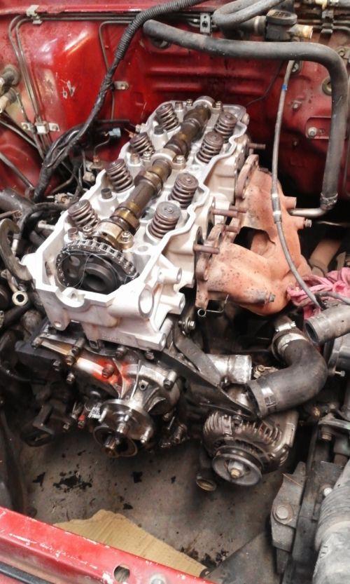 Toyota 22RE Head