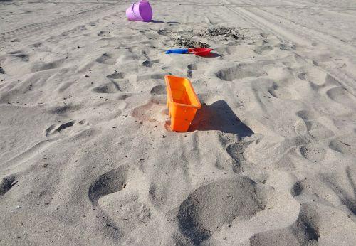 toys sand beach