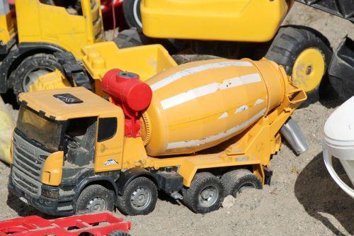 toys vehicles concrete mixer