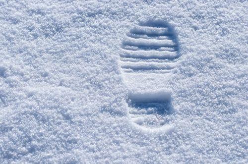 trace snow lane footprint