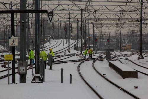 track exchange failure