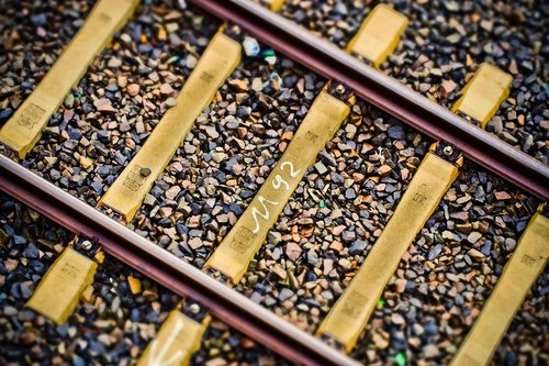 track  track bed  rails
