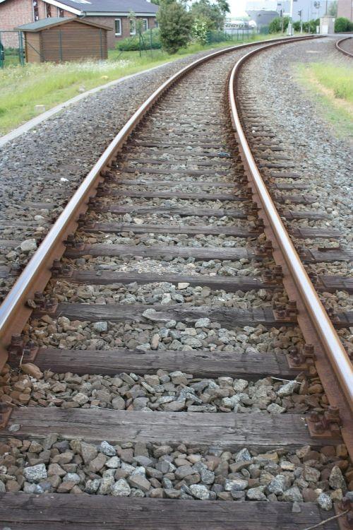 track seemed threshold