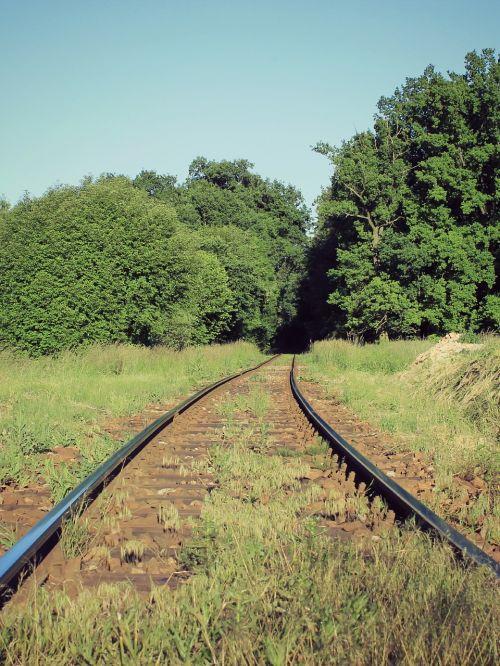 track path train