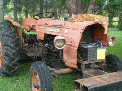 tractor farm rural