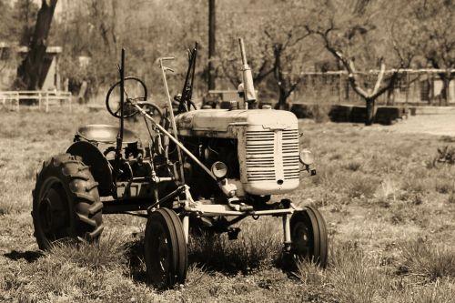 tractor retro farm