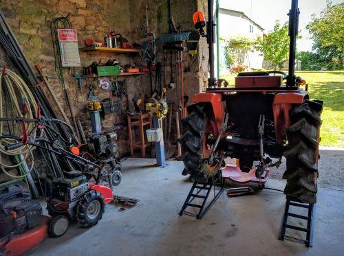 tractor home workshop elevator