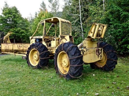 tractor lumbering machine