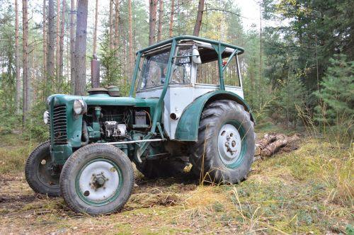 tractor history zetor