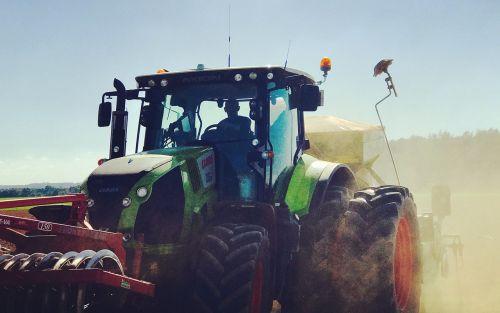 tractor field dust
