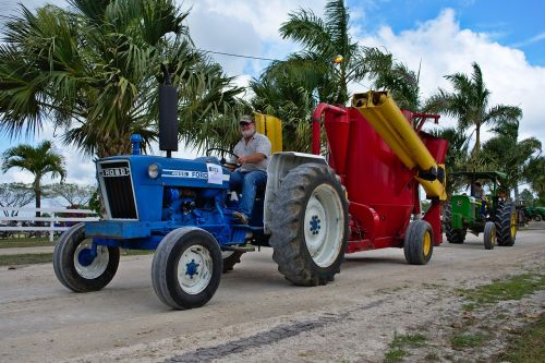 tractor trailer farm equipment