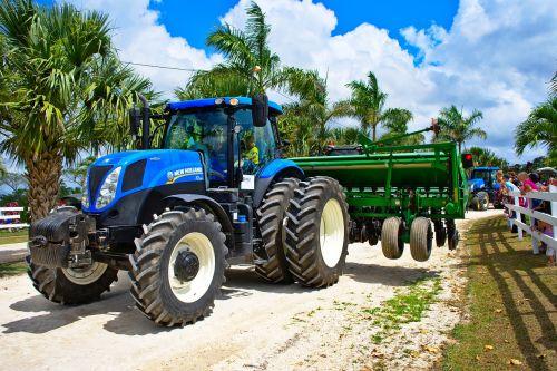 tractor parade big