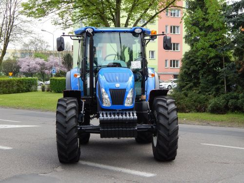 tractor the vehicle