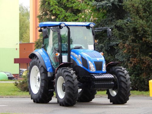 tractor agricultural machine preview