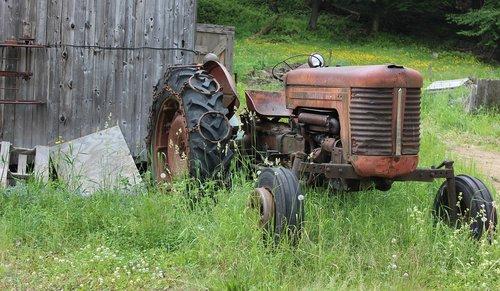 tractor  farm  barn