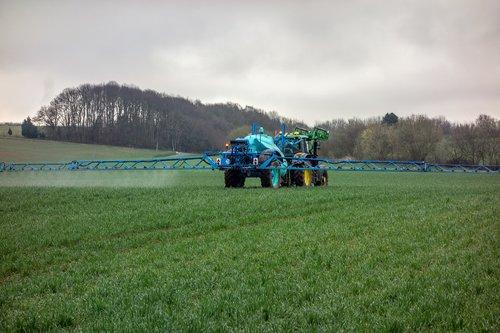 tractor  fertilizer  pesticide