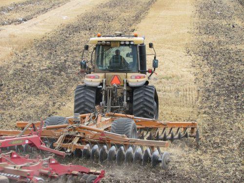 tractor rotavator farm