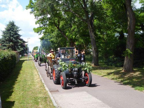 tractors old tractors tractor